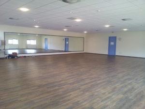 Zaal 1 (224 m²): Onze grootste zaal SPECIFICATIES Afmeting 16 x 14 meter Inclusief geluidsinstallatie Exclusief BTW